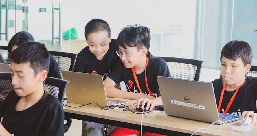 Lớp học lập trình Code For KID giúp trẻ đam mê lập trình