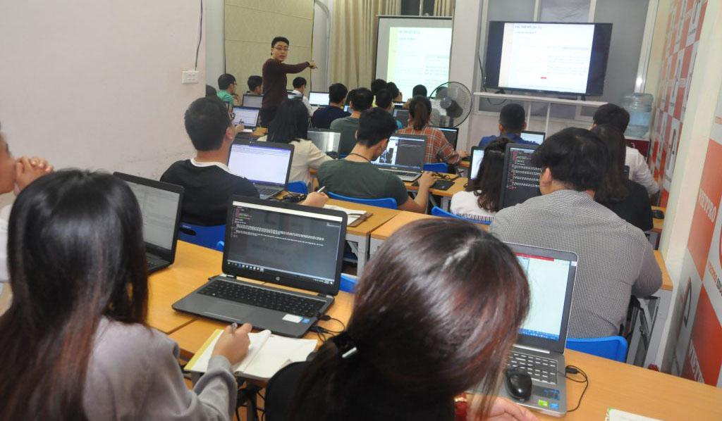 Trung tâm dạy lập trình Vietpro
